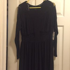 Fashion to figure black gown